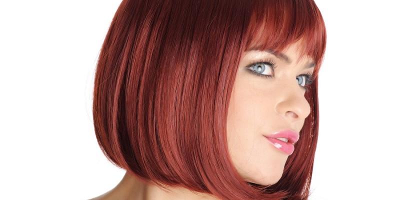 Rote Haare mit Bobfrisur