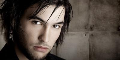 Beispiele und Tipps für mittlere Frisuren bei Männern
